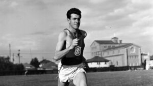 While a student at USC, Louis Zamperini runs a race