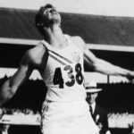 Photo of Al Oerter throwing a discus